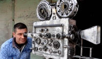 Eskilerin video kamerası hurda parçalarıyla hayat buldu