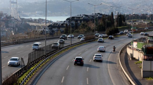 İstanbulda koronavirüs tehdidi trafiği azalttı