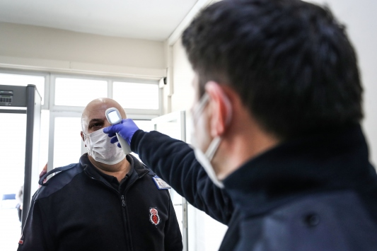 Maltepe Açık Ceza İnfaz Kurumunda Kovid-19a karşı termal kamera önlemi