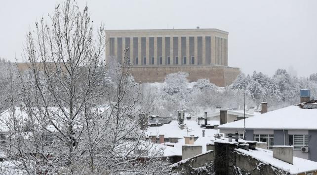 Kar yağışı, Ankarayı beyaza bürüdü