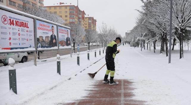 Ankara karla kaplandı
