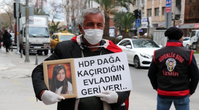 Kızı PKK tarafından kaçırılan baba İzmirde evlat nöbetinde