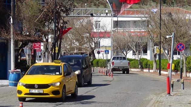 Bozcaadada konaklama tesislerinin faaliyetleri geçici olarak durduruldu