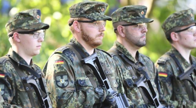 Alman ordusu yedekleri göreve çağırıyor