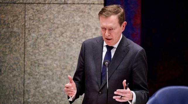 Hollanda Sağlık Bakanı istifa etti