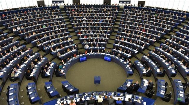 Avrupa Parlamentosu koronavirüs gündemiyle acil toplanacak