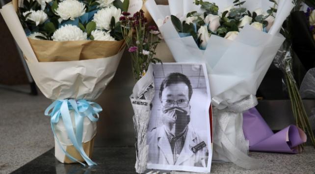 Çinli yetkililer, Covid-19dan ölen doktor Linin ailesinden özür diledi