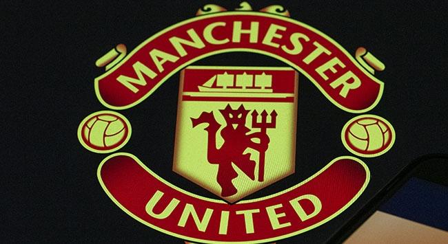 Manchester United geçici çalışanlarına maaş ödeyecek