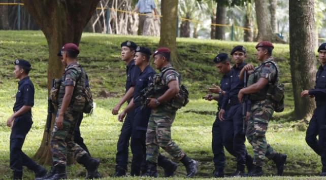 Malezya, koronavirüs tedbirleri kapsamında orduyu devreye sokuyor
