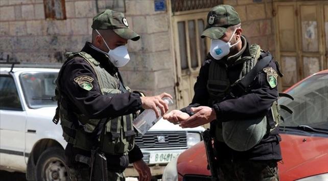İşgal altındaki Batı Şeriada bir belde koronavirüs nedeniyle kapatıldı