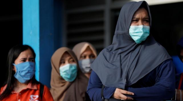 Endonezyada koronavirüsten ölenlerin sayısı 38e çıktı