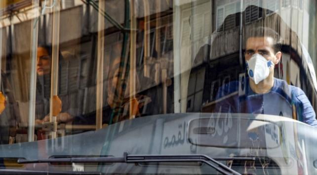İranda son 24 saatte 123 kişi koronavirüsten öldü