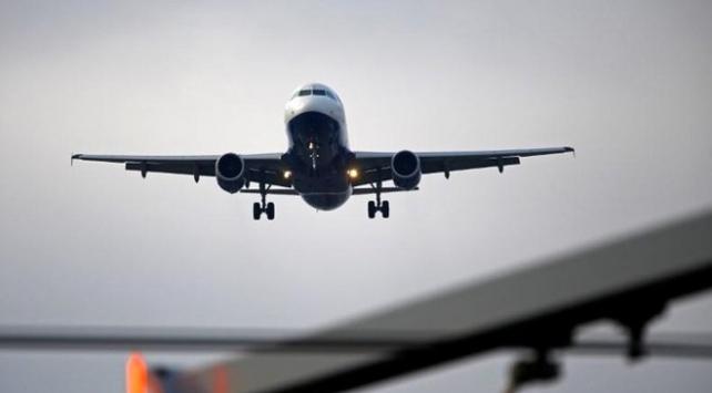 Pakistan tüm uluslararası uçuşları askıya aldı