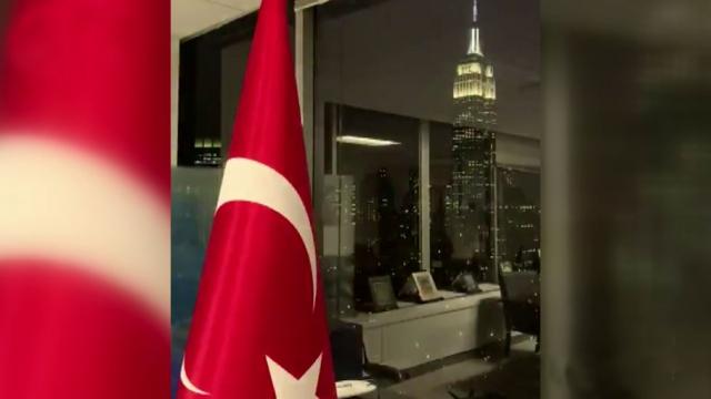 ABD'deki Türk misyonları da sağlık çalışanlarına destek verdi