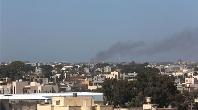 Hafter, Libyada yine sivilleri hedef aldı: 2 yaralı