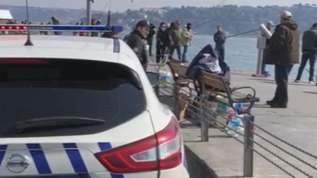 İstanbul polisi evde kalmayanları uyarıyor