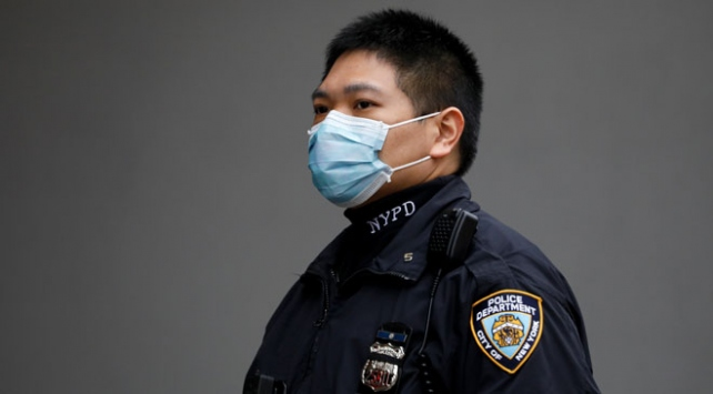 New York Polis Departmanındaki 98 kişide koronavirüs tespit edildi