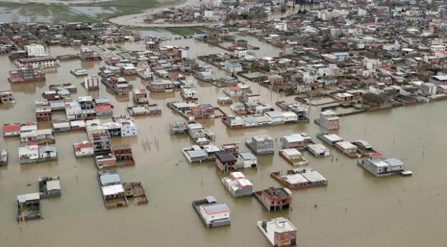 İrandaki sel felaketinde ölü sayısı 7ye yükseldi
