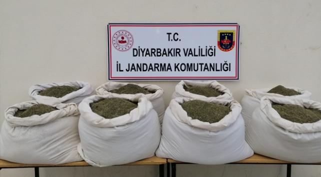 Diyarbakırda 322 kilogram esrar ele geçirildi