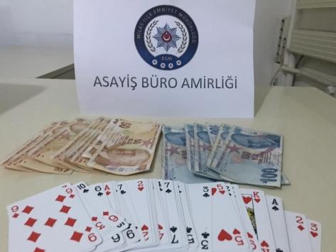 Muğlada bir evde kumar oynayan 13 kişiye işlem yapıldı