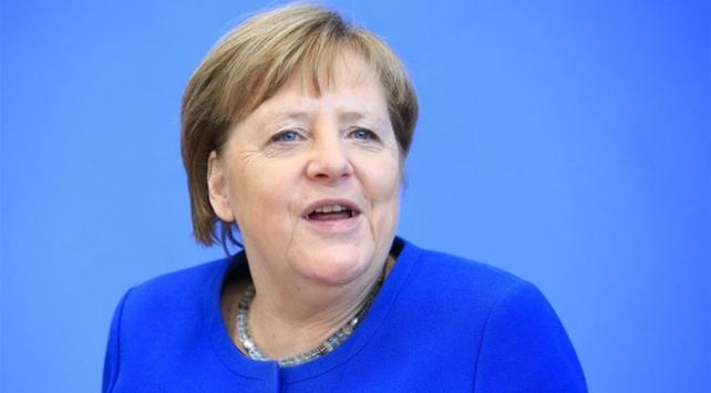 Almanya Başbakanı Merkele yapılan koronavirüs testi negatif çıktı