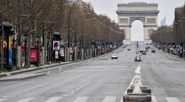 Fransada koronavirüs nedeniyle sokağa çıkma yasağı
