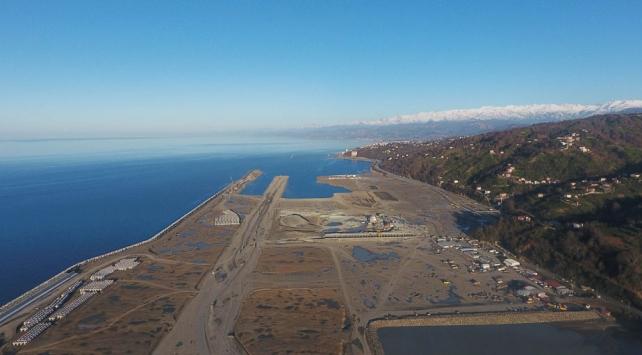 Rize-Artvin Havalimanının yüzde 62si tamamlandı