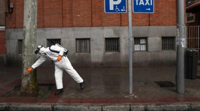 İspanyada Avrupanın yeni salgın merkezi olma korkusu