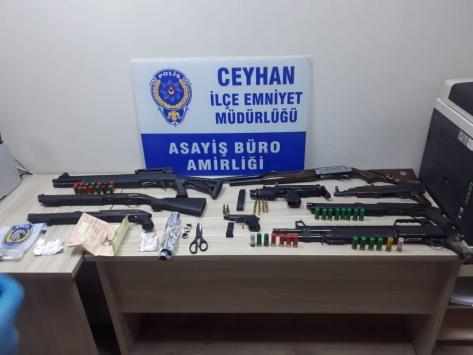 Adanada 2 kişinin yaralandığı silahlı kavgalarla ilgili 13 şüpheli yakalandı