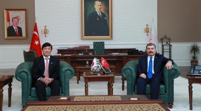 Sağlık Bakanı Koca, Japon Büyükelçi ile Kovid-19u görüştü