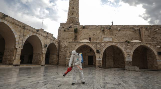 Gazzede camiler 2 hafta kapalı kalacak