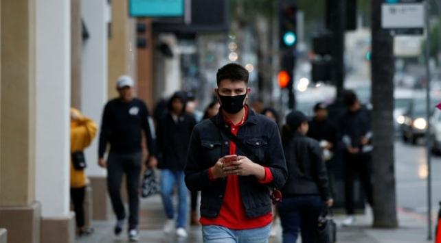 New Yorkta koronavirüsle mücadelenin uzun sürmesi bekleniyor