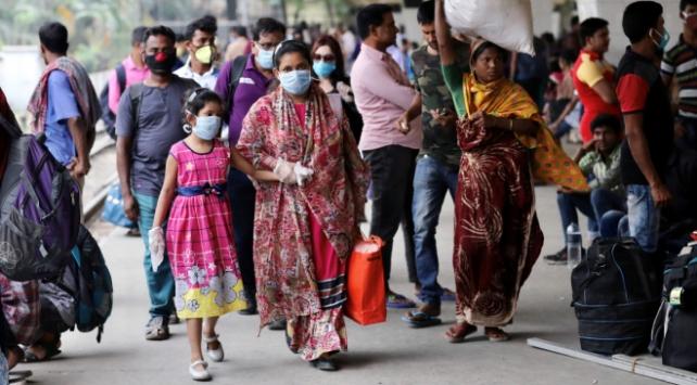 Bangladeşte Covid-19 nedeniyle toplu taşıma yasaklandı