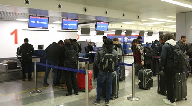 Sırbistanda mahsur kalan Türk vatandaşları tahliye edildi