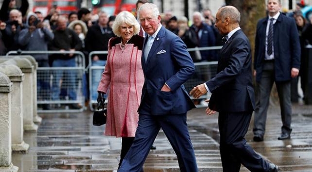 Prens Charlesın koronavirüs testi pozitif çıktı