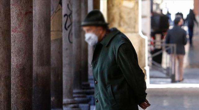 Erzurumda evden çıkma kısıtlamasına uymayan 5 kişiye para cezası kesildi