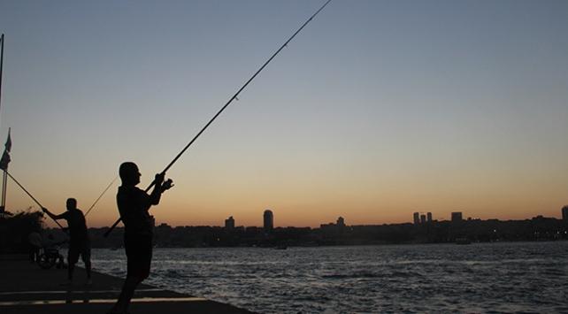 Üsküdar Belediyesinden balık tutma yasağı