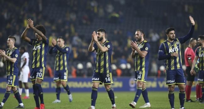 Spor camiasından Fenerbahçeye geçmiş olsun mesajı