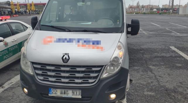 Koronavirüs tedbirlerine uymayan minibüs şoförüne ceza