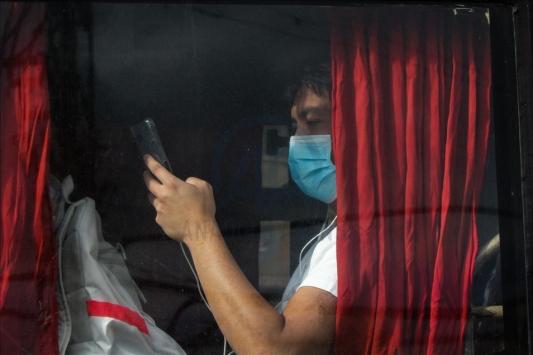 Filipinlerde bir senatöre daha koronavirüs bulaştı