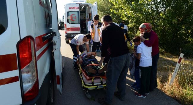 Tokatta işçi minibüsü devrildi: 13 yaralı