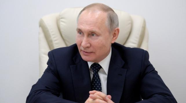 Putinden idari izin açıklaması