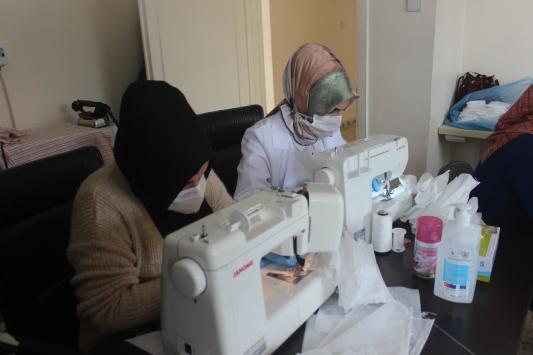 Şanlıurfalı kadınlardan maske üretimine destek
