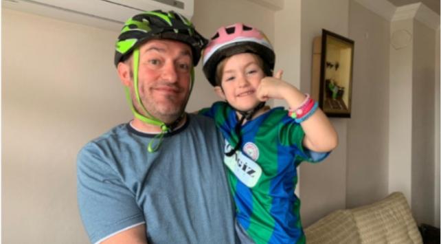 Rizeli baba, kızı için eve bisiklet düzeneği kurdu