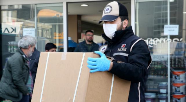 İzmirde 20 bin sertifikasız maske ele geçirildi
