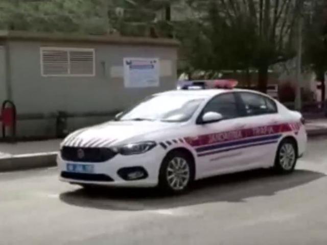 Jandarma: Sizin için sokaktayız, siz de hepimiz için evde kalın