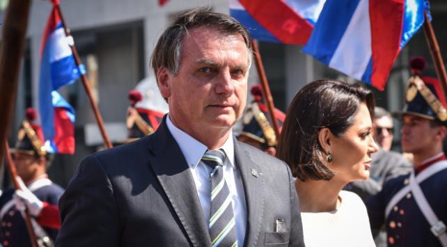 Brezilya Devlet Başkanı koronavirüsü hafife aldı: Basit bir grip
