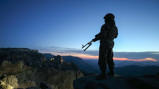 Irakın kuzeyinde 2 asker şehit oldu, 2 asker yaralandı