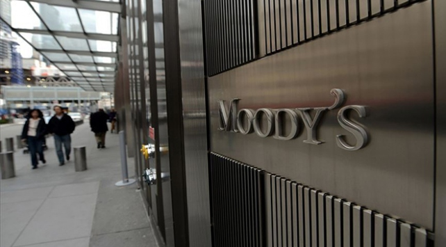 Moodys küresel büyüme tahminini düşürdü