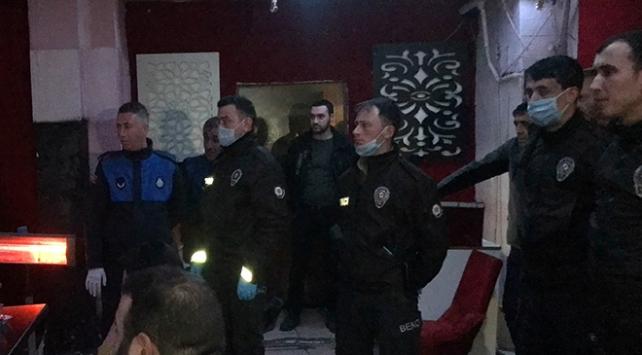 Bursada eğlence mekanlarına baskın: 20 gözaltı